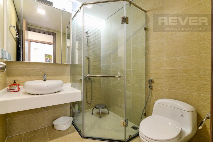 Phòng Tắm 2 Bán hoặc cho thuê căn hộ Vinhomes Central Park 2PN tầng trung tháp Park 7, đầy đủ nội thất cao cấp