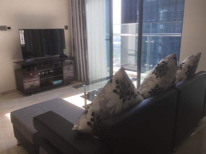 Phòng khách căn hộ Vinhomes Golden River Cho thuê căn hộ Vinhomes Golden River 2PN, diện tích 70m2, đầy đủ nội thất, view sông Sài Gòn