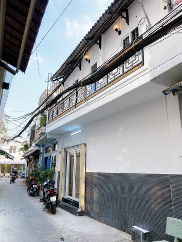 Nhà phố hẻm Bình Thạnh hướng Bắc, diện tích sử dụng 40m2.