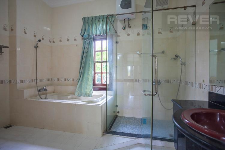 Phòng Tắm 2 Nhà phố 4 phòng ngủ đường Số 2 Quận 2 nội thất đầy đủ