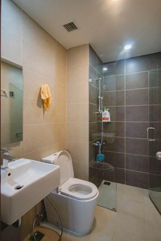 13 Cho thuê căn hộ 2 phòng ngủ Galaxy 9, tầng cao, đầy đủ nội thất, view thành phố thoáng rộng