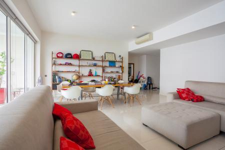 Căn hộ The Estella Residence 3 phòng ngủ tầng cao 2B nội thất đầy đủ