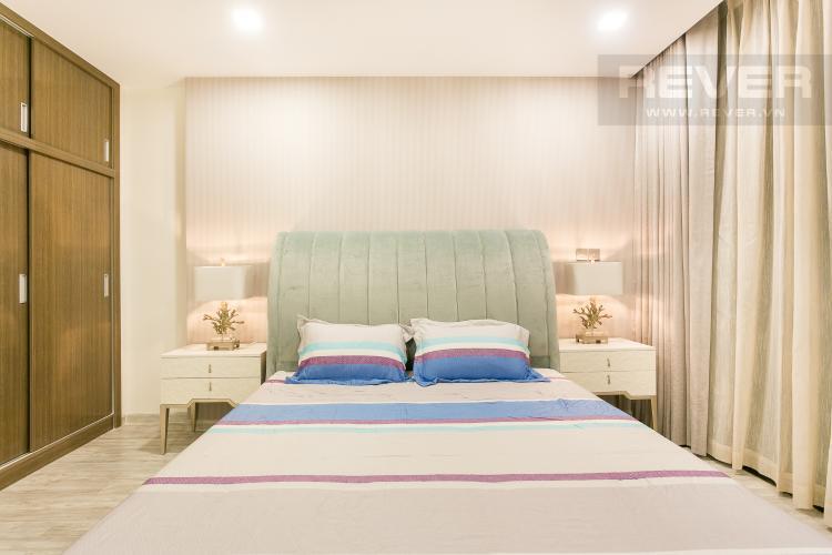 Phòng Ngủ 1 Bán hoặc cho thuê căn hộ Vinhomes Golden River 3PN, tầng cao, đầy đủ nội thất, view sông Sài Gòn và Thủ Thiêm