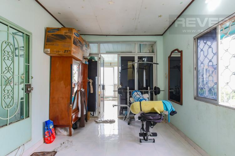 Tầng 2 Nhà phố 4 phòng ngủ, đường số 9, phường 4, Quận 4