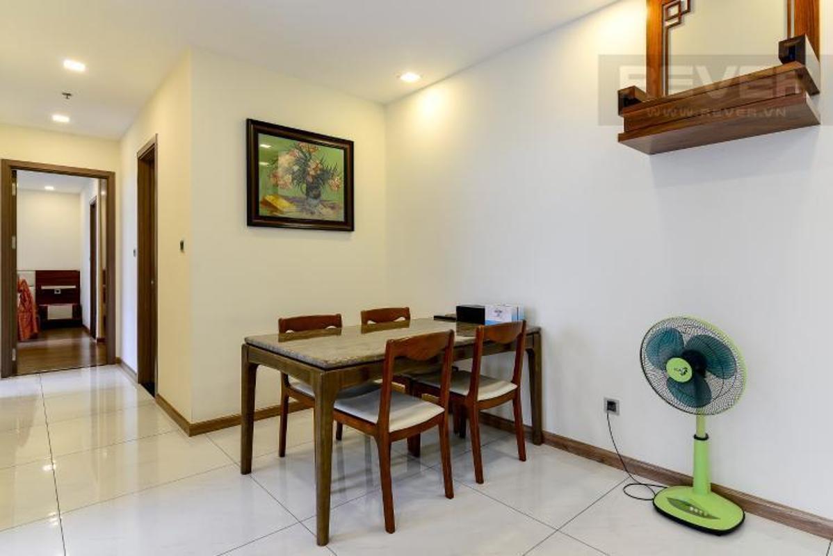 0d346a60922b6b75323a Bán căn hộ Vinhomes Central Park 3PN, tháp Park 7, đầy đủ nội thất, view hồ bơi