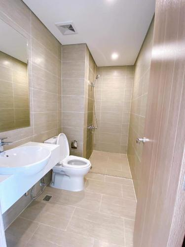 Toilet Vinhomes Grand Park Quận 9 Căn hộ Vinhomes Grand Park tầng cao, view Landmark 81.