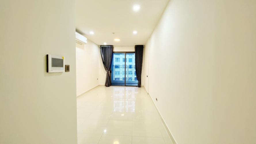 Căn hộ Saigon Royal, Quận 4 Căn hộ Saigon Royal view nội khu, nội thất cơ bản.