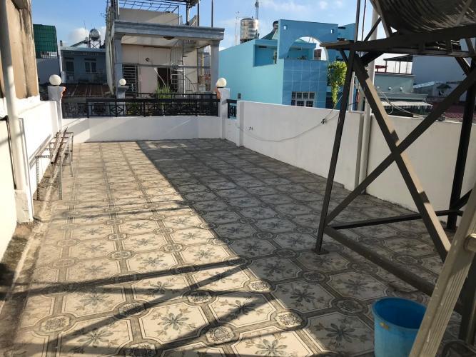 Sân thượng nhà phố đường Huỳnh Tấn Phát, Quận 7 Nhà phố hướng Tây Bắc diện tích 4mx16m, hẻm xe hơi.