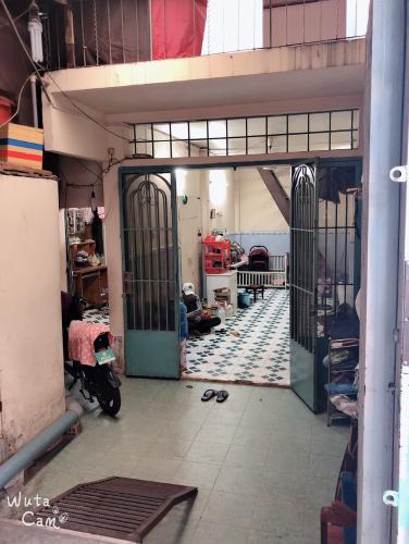 Bán nhà hẻm Tôn Đản, Quận 4, DT đất 56.9m2, 4 phòng ngủ, sổ hồng chính chủ