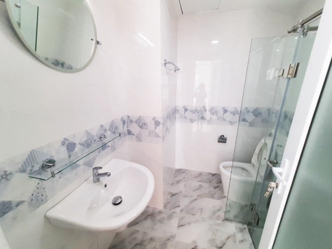 Phòng tắm Conic Riverside, Quận 8 Căn hộ Conic Riverside tầng trung, hướng Đông Nam thoáng mát.