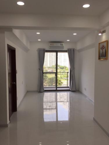 Cho thuê căn hộ tầng thấp Saigon South Residence nội thất cơ bản.