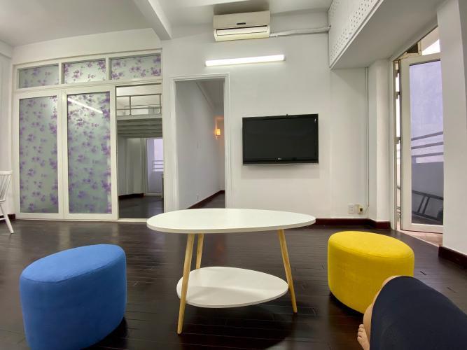 Phòng khách chung cư Phạm Viết Chánh Căn góc chung cư Phạm Viết Chánh, nội thất cao cấp, 2 ban công.