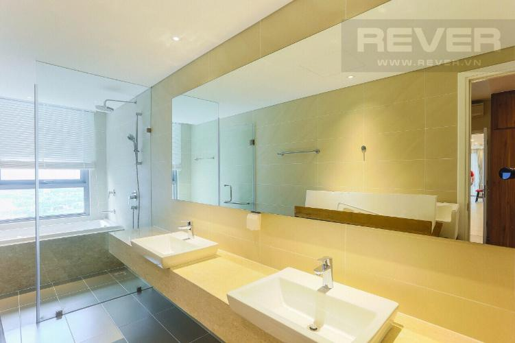Toilet 2 Căn hộ Diamond Island - Đảo Kim Cương tầng cao, 3PN đầy đủ nội thất, view hồ bơi