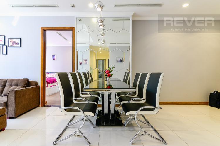 Phòng Ăn Căn hộ Vinhomes Central Park 3PN nội thất đầy đủ, view sông Sài Gòn