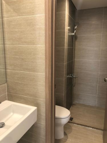 Phòng tắm căn hộ Vinhomes Grand Park Căn hộ Vinhomes Grand Park tầng cao view nội khu, không nội thất.