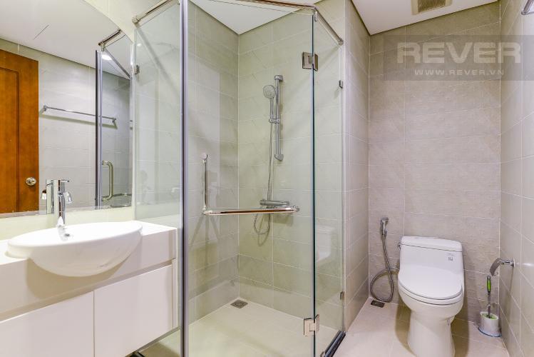 phòng tắm 3 Căn góc Vinhomes Central Park tầng cao C1 view trực diện sông