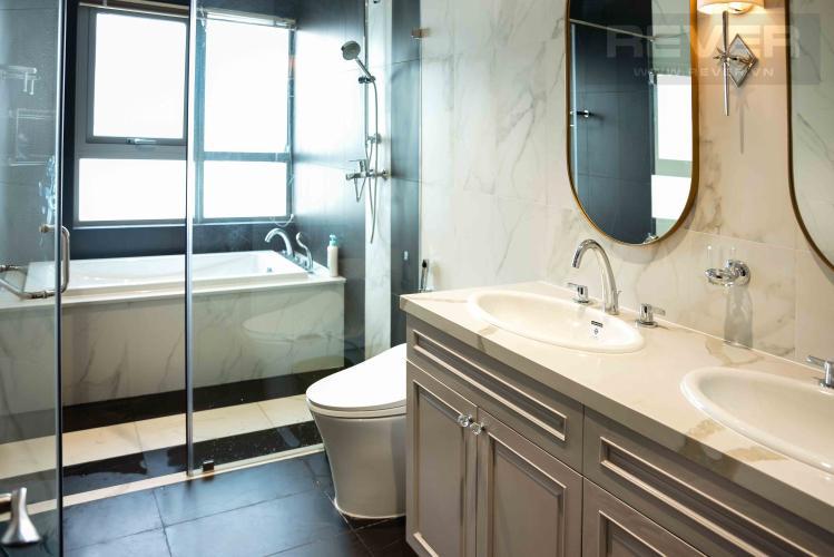 Toilet Căn hộ Vinhomes Central Park tầng cao, 4PN, đầy đủ nội thất