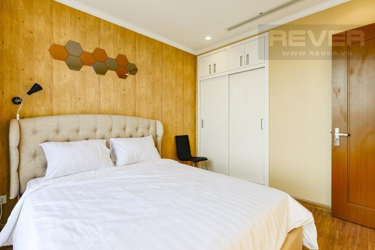 Phòng ngủ 2 Căn hộ Vinhomes Central Park 3 phòng ngủ tầng cao Landmark 3