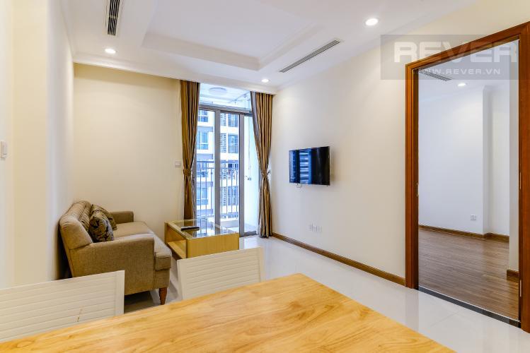Phòng Khách Căn hộ Vinhomes Central Park 1 phòng ngủ tầng trung L5 nội thất đầy đủ