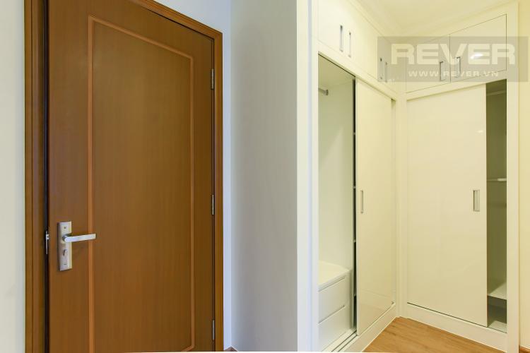 Tủ quần áo Căn góc Vinhomes Central Park 3 phòng ngủ tầng cao Landmark 2