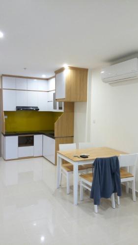 Phòng bếp căn hộ Vinhomes Grand Park Căn hộ Vinhomes Grand Park view nội khu yên tĩnh, nội thất đầy đủ.