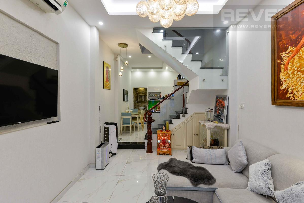 007da04a77b991e7c8a8 Bán nhà phố 4 tầng hẻm Nguyễn Thần Hiến Quận 4, diện tích đất 44m2, đầy đủ nội thất