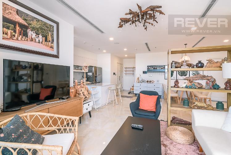 Phòng khách căn hộ VINHOMES GOLDEN RIVER Bán căn hộ Vinhomes Golden River 3PN, tầng 6, đầy đủ nội thất, view sông rộng thoáng