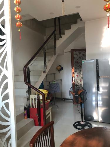 Bên trong nhà phố phường Phú Hữu, Quận 9 Nhà phố 1 trệt 2 lầu hướng Đông Bắc - diện tích đất 54.6m2