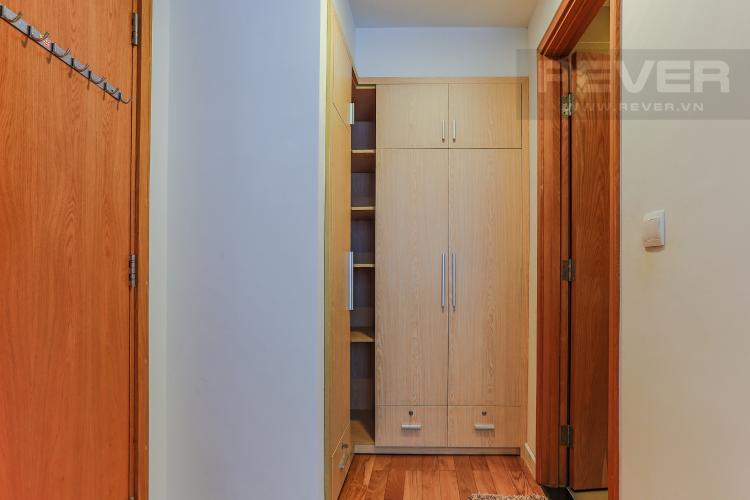 Phòng Thay Đồ 1 Căn hộ Sunrise City tầng trung, tháp V6 khu South, 99m2, 2 phòng ngủ, full nội thất