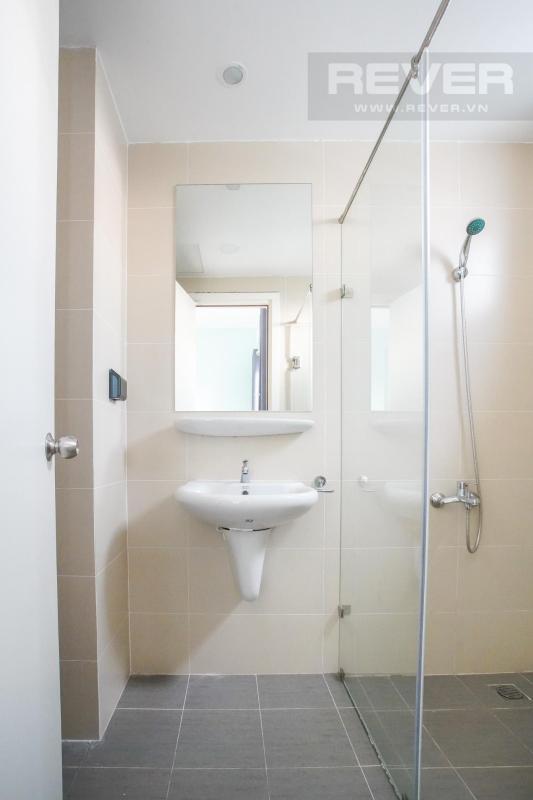toilet chung Cho thuê căn hộ M-One Nam Sài Gòn 3PN, tầng 9, tháp T1, đầy đủ nội thất, view thoáng