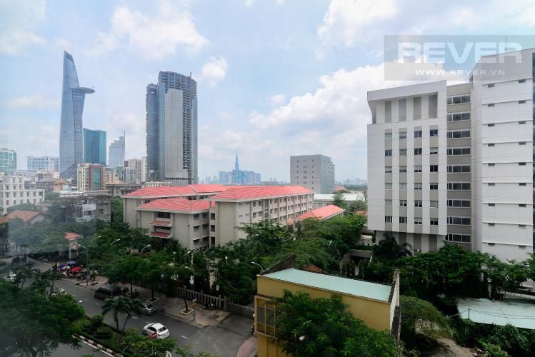 View Bán officetel Saigon Royal 1 phòng ngủ, tầng thấp, nội thất cơ bản, view tháp Bitexco