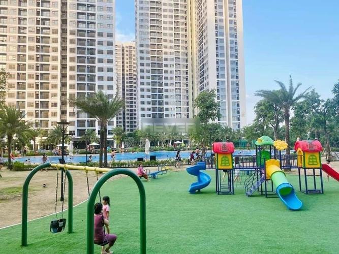 Tiện ích căn hộ Vinhomes Grand Park Căn hộ Vinhomes Grand Park tầng trung, view nội khu thoáng mát.