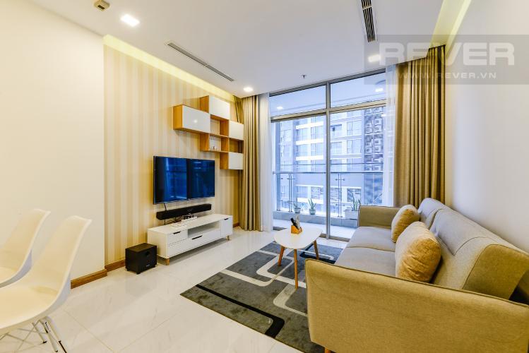 Phòng khách Căn hộ Vinhomes Central Park tầng trung, tháp Park 5, 2 phòng ngủ, view sông