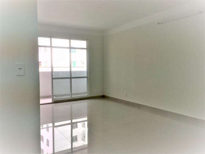 Căn hộ Belleza Apartment nội thất cơ bản, view tầng cao thoáng mát.