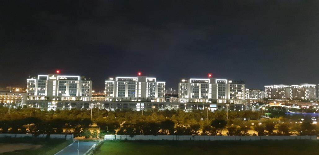 Toàn cảnh Sadora Apartment, Quận 2 Căn hộ Sadora Apartment tầng thấp, view thành phố lung linh về đêm.