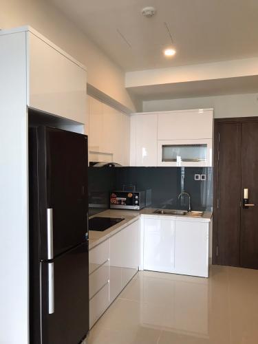 phòng bếp căn hộ Saigon Royal Căn hộ Saigon Royal tháp A view nội khu hướng hồ bơi thoáng mát.