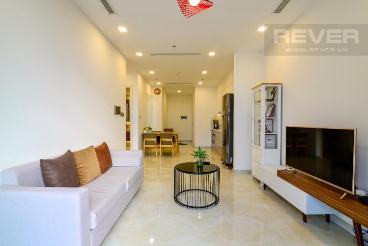 Phòng Khách Cho thuê căn hộ Vinhomes Golden River 1PN, tầng cao, tháp The Aqua 1, đầy đủ nội thất, view sông Sài Gòn thoáng mát