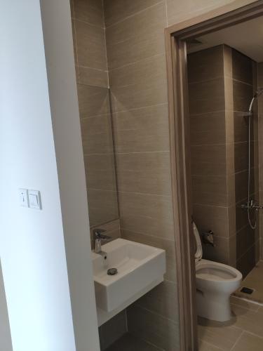 Phòng tắm căn hộ Vinhomes Grand Park Căn hộ Vinhomes Grand Park nội thất cơ bản view nội khu thoáng mát.