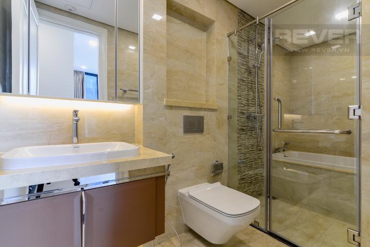 Phòng Tắm 2 Căn hộ Vinhomes Golden River tầng trung, tháp The Aqua 3, 2PN, nội thất đầy đủ