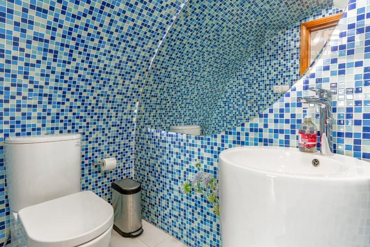 Phòng Tắm Tầng Trệt Căn hộ Phú Hoàng Anh tầng cao, tháp B, full nội thất