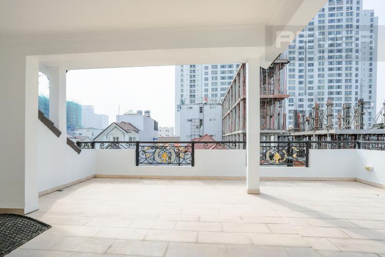 Sân Thượng Nhà phố đường Lê Văn Lương, Quận 7, 3 tầng, nội thất đầy đủ, sổ đỏ chính chủ