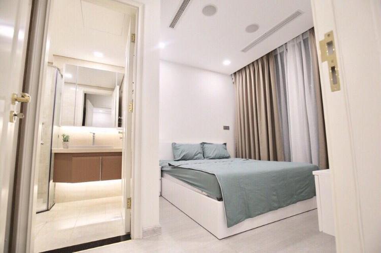 Bán căn hộ Vinhomes Golden River 2PN, tháp The Aqua 3, diện tích 69m2, đầy đủ nội thất cao cấp, view Bitexco