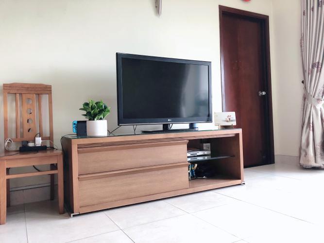 Phòng khách căn hộ chung cư Hùng Vương Plaza Căn hộ chung cư Hùng Vương Plaza đầy đủ nội thất, 3 phòng ngủ.
