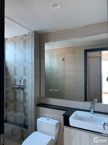 Phòng tắm căn hộ Feliz en Vista Căn hộ Feliz En Vista tầng cao nội thất cơ bản, view thành phố.