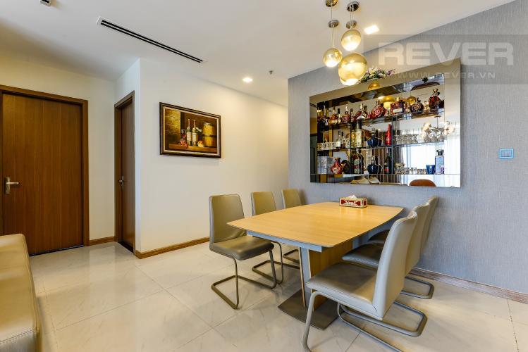 Bàn ăn Cho thuê căn hộ Vinhomes Central Park tầng thấp, 4PN, đầy đủ nội thất