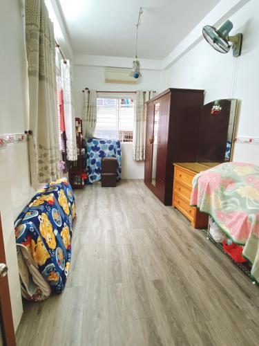 Phòng ngủ nhà phố Vĩnh Viễn, Quận 10 Nhà phố trung tâm quận 10, hướng Tây, đầy đủ nội thất.