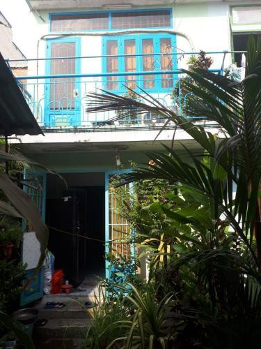 Bán nhà phố mặt tiền đường Nguyễn Thị Định, diện tích đất 175.2m2