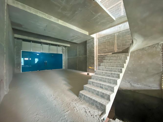 IMG_4084 Cho thuê nhà phố Thủ Thiêm Lakeview với tổng diện tích 420m2, chưa ngăn phòng, rộng rãi.
