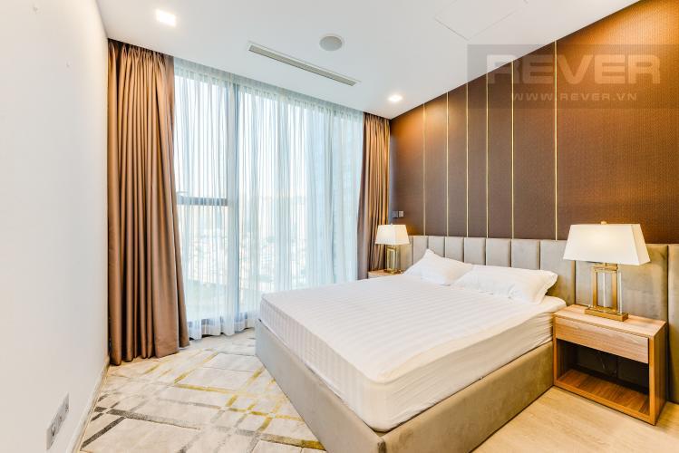 Phòng ngủ 1 Cho thuê căn hộ Vinhomes Golden River tầng trung 2PN đầy đủ nội thất