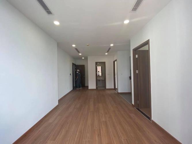 Phòng khách căn hộ Eco Green Saigon Căn hộ Eco Green Saigon nội thất cơ bản, view nội khu thoáng mát.